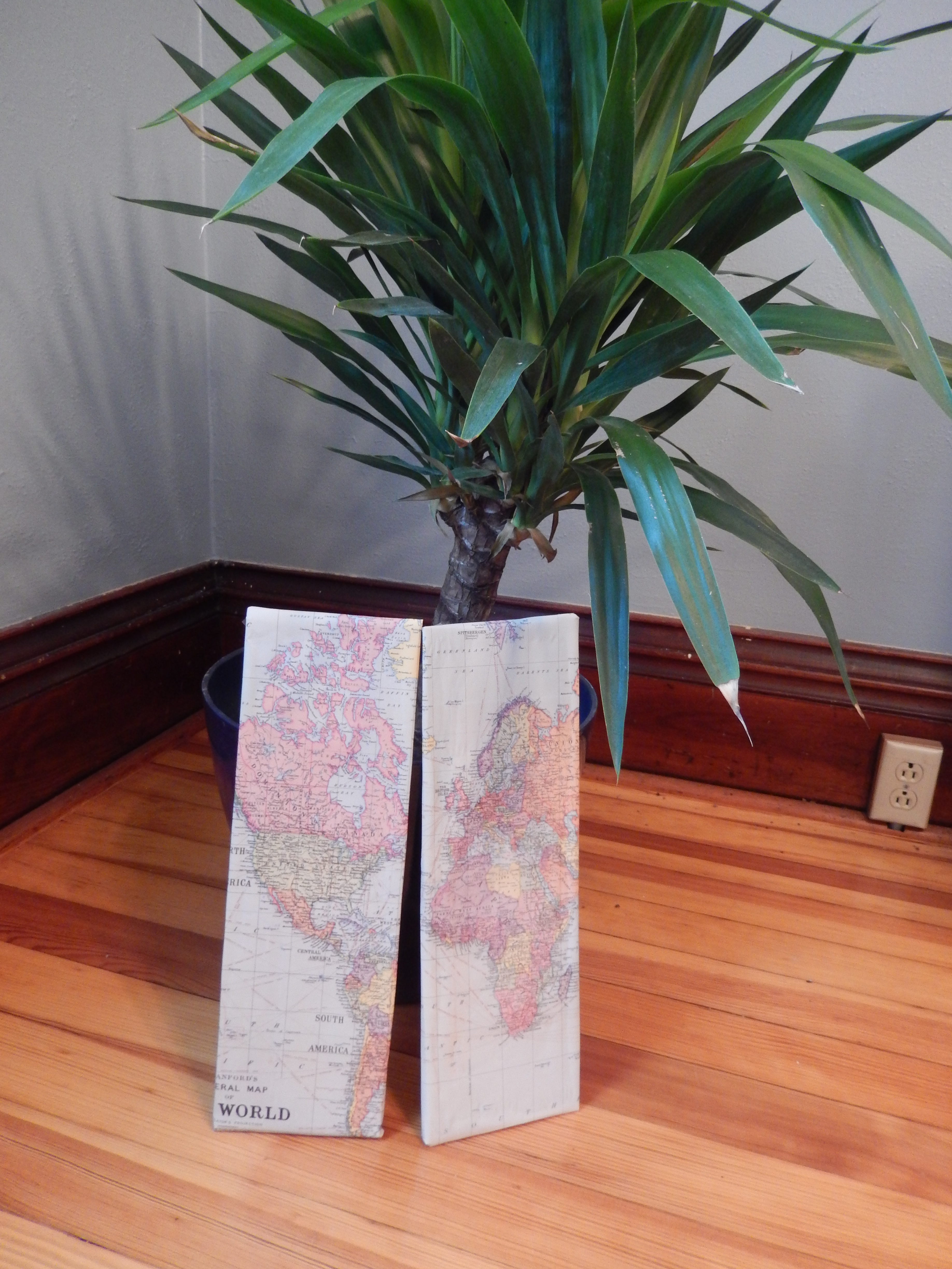 Diy Chalk Paint Drawers With World Map Dividers The