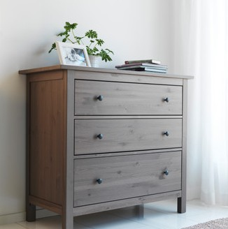 Chalk paint and drawers old pine house for Ikea hemnes grau